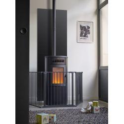 Barrière de protection pour poêle et cheminée en acier